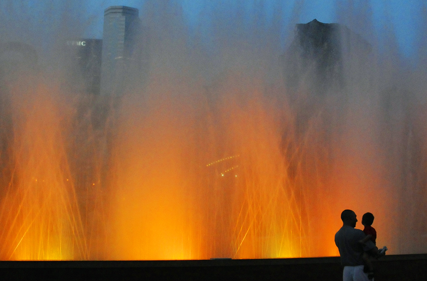 web pittsburgh fountain_DSC4924