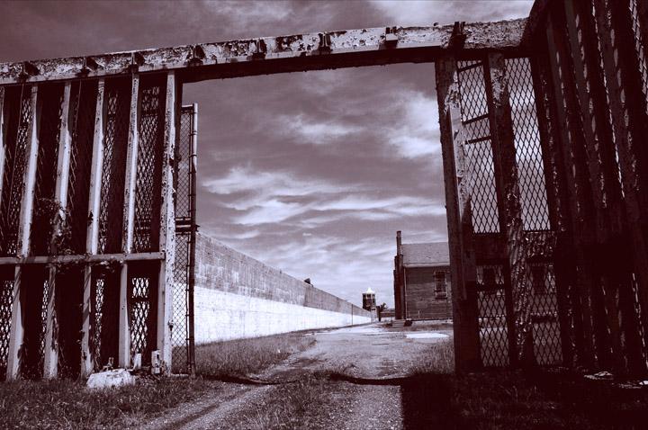 web Lorton Prison_Rob_Paine-2