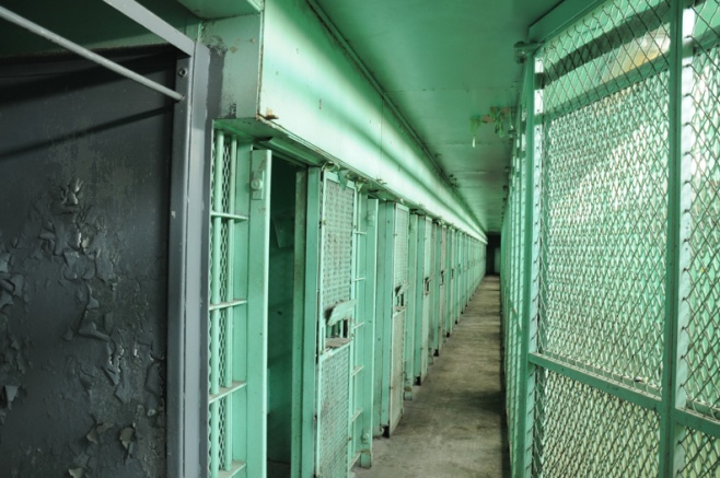 web Lorton Prison_Rob_Paine-22