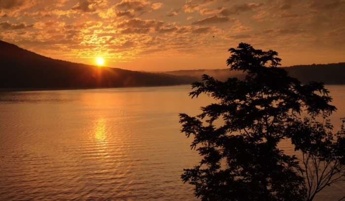 Sunrise over Deep Creek Lake by  Rob Paine